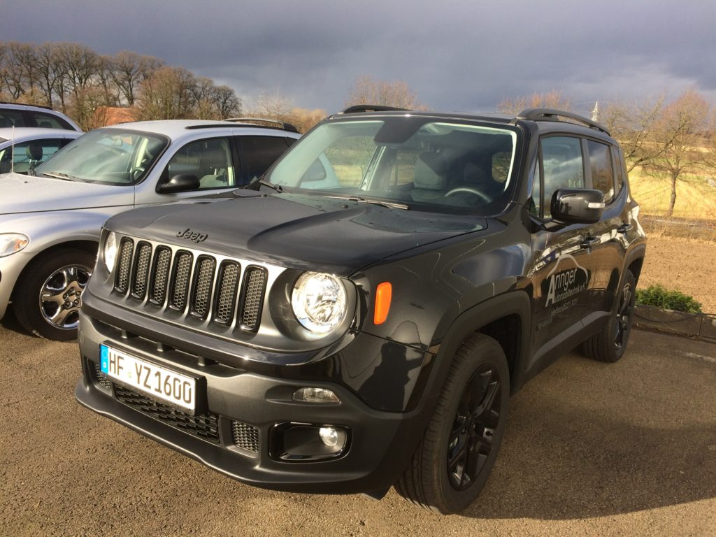 Jeep® Renegade Night Eagle II 1,6l Turbodiesel 120 PS (Schaltgetriebe)