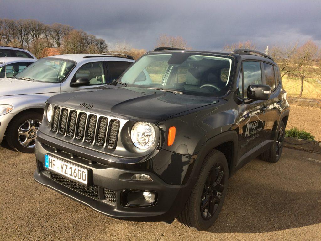 Jeep® Renegade Night Eagle II 1,6l Turbodiesel 120 PS (Schaltgetriebe)
